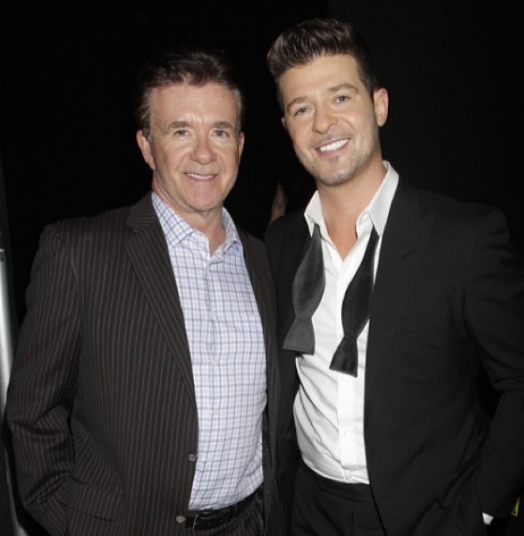 Robin Thicke Writes A Sweet Message After Father's Death