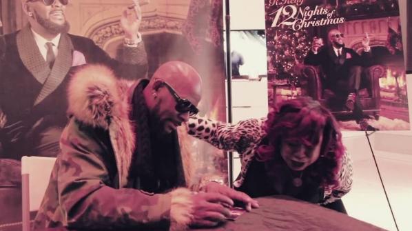 Fan Screams & Cries When Meeting R.Kelly [VIDEO]