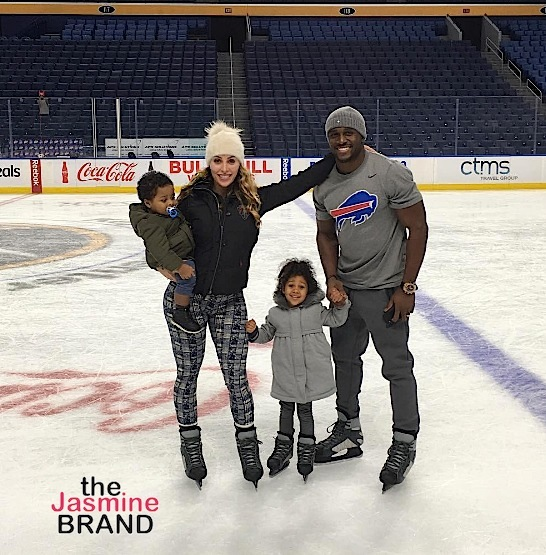 Reggie Bush, wife Lilit and their two adorable kids hit the rink for Christmas.