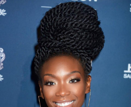 Brandy Falls & Recovers During Miami Concert [VIDEO]