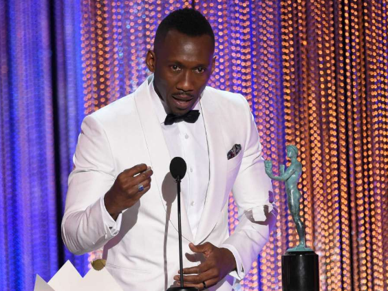 Mahershala Ali Delivers Moving Speech: I'm a muslim.