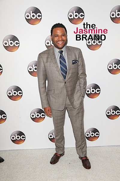 "Anthony Anderson On Success of black-ish, ""Trump"" Episode & Working With Chris Brown"