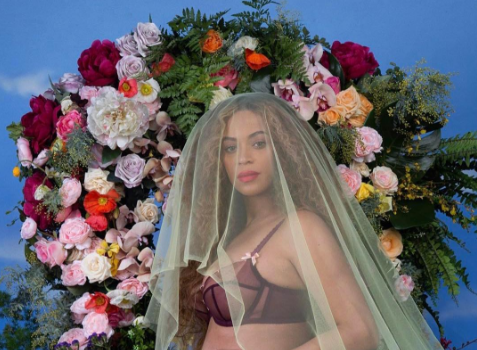 Beyonce Announces: I'm having twins! [Photos]