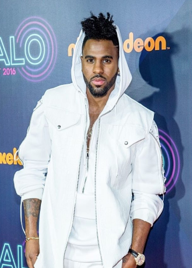Jason Derulo: American Airlines Is Racist!