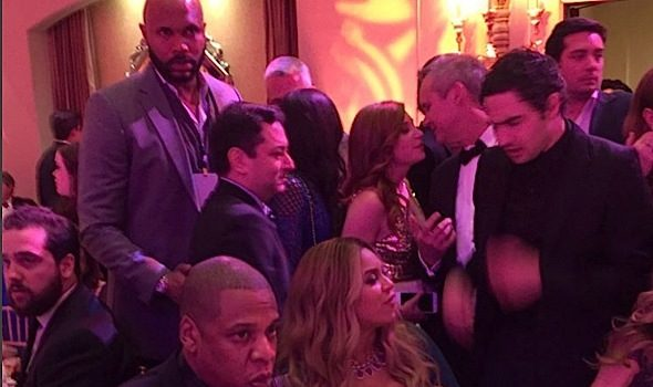Jay Z & Beyonce's Growing Baby Bump Hit Pre Oscar's Dinner [Photos]