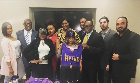 Tameka 'Tiny' Harris 1st Female Owner of a Co-ed Basketball League [Photo]