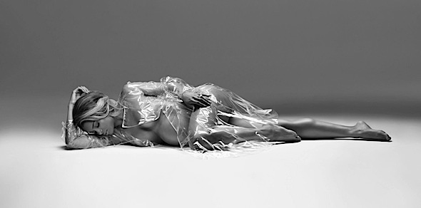 [Photos] Ciaras Nude Maternity Shoot Both Criticized And