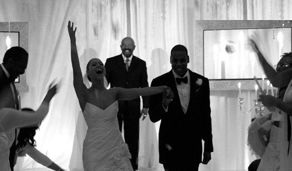 Beyonce & Jay Z Celebrate 9 Year Wedding Anniversary [Photos]
