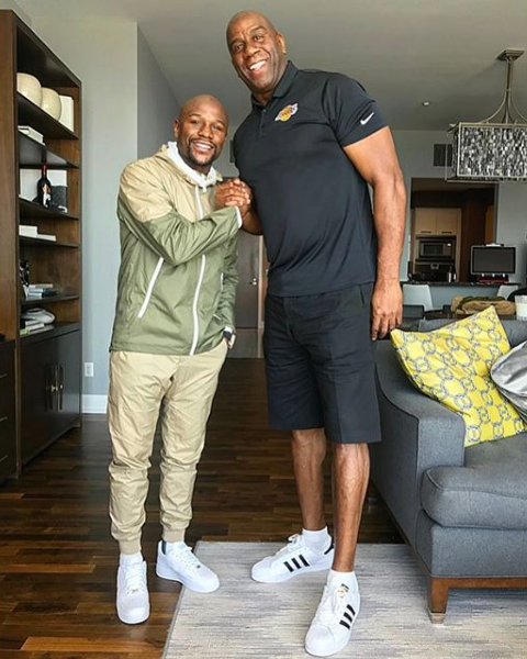 Floyd Mayweather Ready To Buy NBA Team, Meets w/ Magic Johnson [Photo]