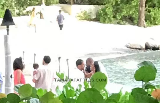 Kenya Moore Secretly Married? [Photo]