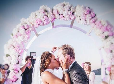 Snoop & Wife Celebrate 21 Years of Marriage + Eve & Hubby Ring In 3 Years of Marital Bliss
