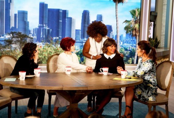 Aisha Tyler Cries While Announcing Departure From 'The Talk' [VIDEO]