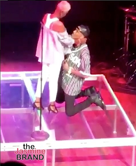 August Alsina Reunites w/ Estranged Mother In Concert [VIDEO]