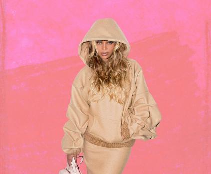 Beyonce Rocks Gucci, Stella McCartney & Johanna Ortiz For Sister Solange's Show [Celebrity Fashion]