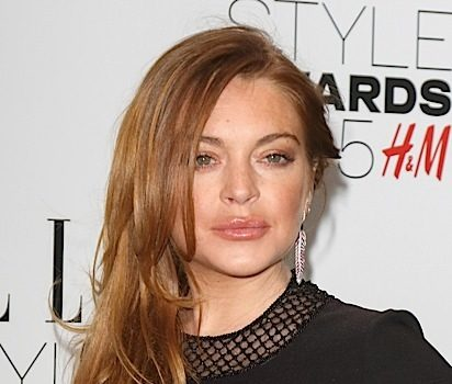 Lindsay Lohan Threatens To Fire Staff On Social Media