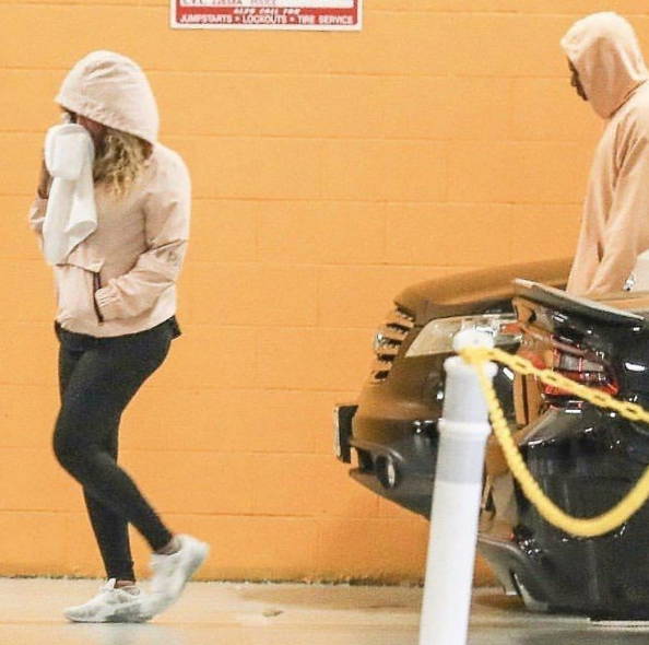Beyonce & Jay-Z Hit Soul Cycle w/ Kelly Rowland [Celebrity Stalking]
