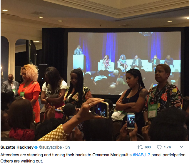 Omarosa & Gordon Have Intense Argument During NABJ, Some Turn Their Back On Trump Aide [VIDEO]
