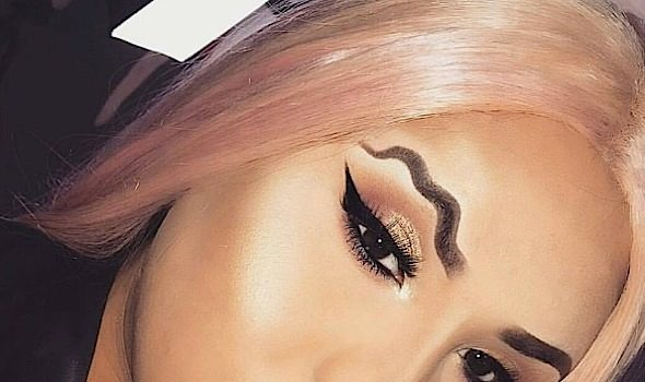 Squiggle Brows Are The Latest Makeup Trend