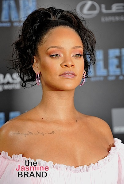 Rihanna Allegedly Working On Lingerie Line