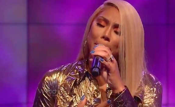 "Tamar Braxton Performs ""Blind"""