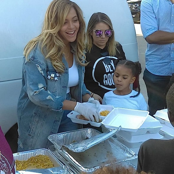 Beyonce Visits Houston, Gives Back To Hurricane Harvey Victims