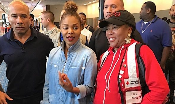 LeBron James & Sons Post-Up, Tamar Braxton & Evelyn Lozada Film 'Hip Hop Squares' + Janet Jackson Visits Hurricane Harvey Survivors