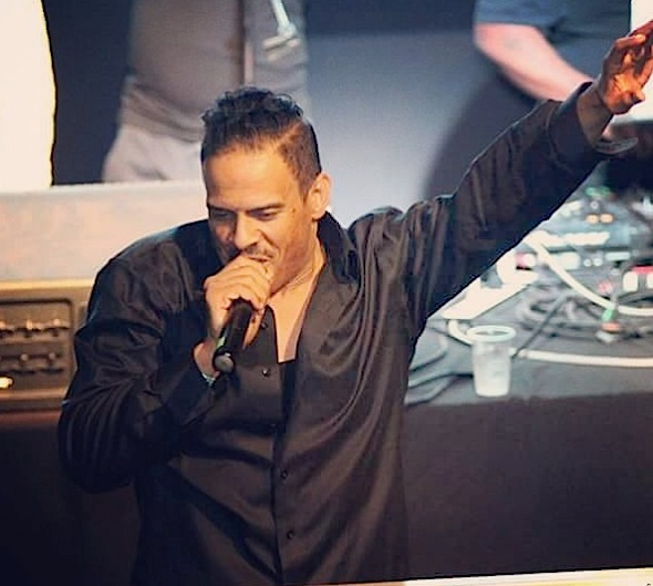 R&B Singer Christopher Williams Arrested For Stealing Headphones