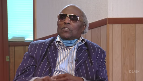 Little Richard Hints He's No Longer Gay: You've got to live the way God wants you to live.