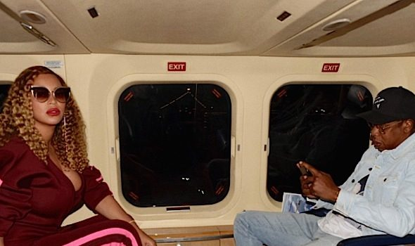 Beyonce Hits Private Jet w/ Jay-Z, Wears Samantha Black Pant Suit