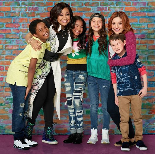"Raven-Symone's ""Raven's Home"" Renewed For 2nd Season"