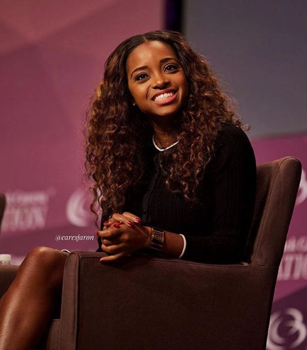 Activist Tamika Mallory Says Pilot Unfairly Kicked Her Off Flight - White Men Are Allowed To Treat Black Women Like Sh*t!