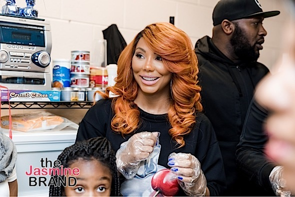 Tamar Braxton Serves & Delivers Thanksgiving Meals