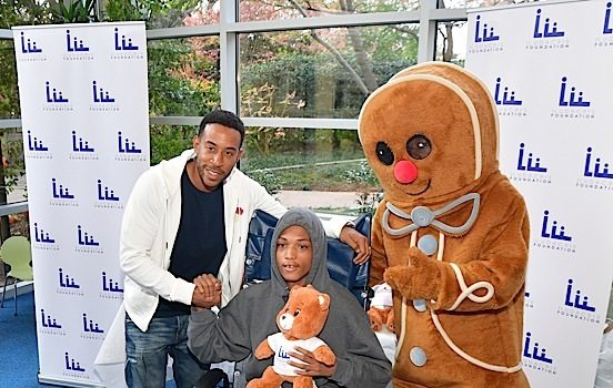 Ludacris Gives Back To Children In ATL Hospital [Photos]