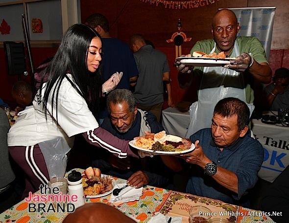 Keshia Knight-Pulliam, Big Tigger, Monyetta Shaw Feed Homeless Men