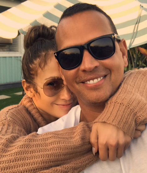 "A-Rod Texted J.Lo On Their 1st Date ""You look sexy AF''"