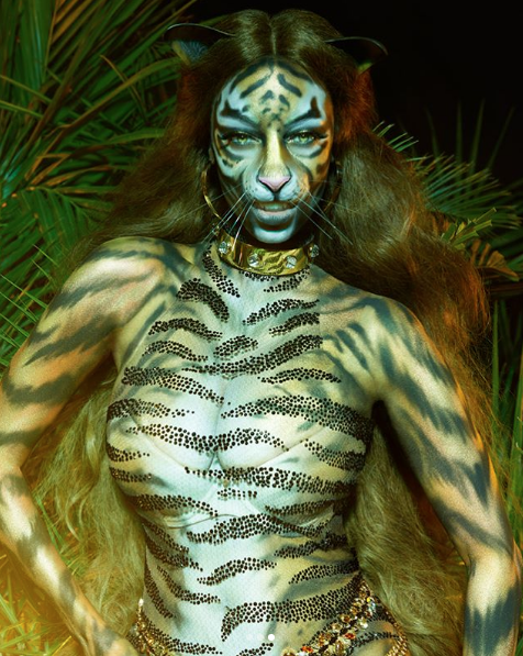 Tyra Banks Rocks Five Foot Wig, Prosthetics For Tiger Transformation [Photos]