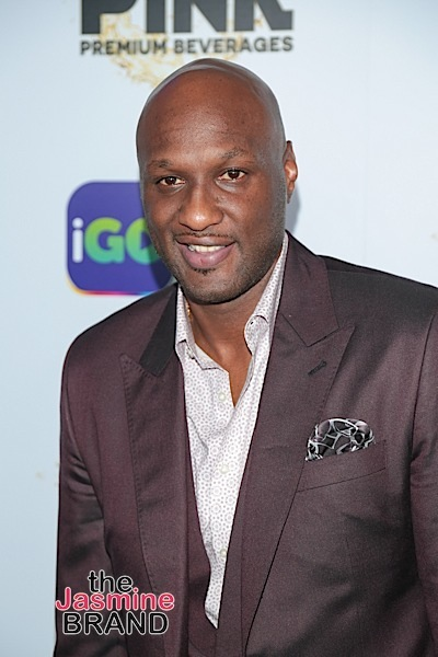 Lamar Odom Awkwardly Scratches His Crotch On Live TV [VIDEO]