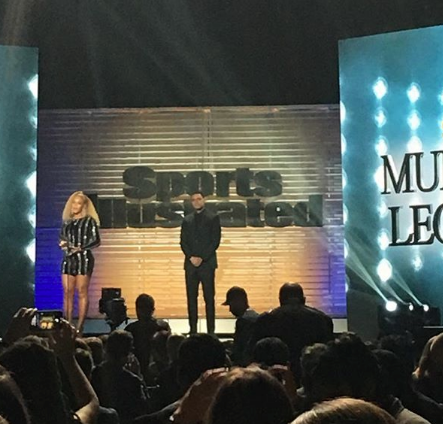 Beyoncé Makes Surprise Appearance, Presents Colin Kaepernick With Award [VIDEO]