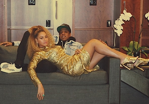 Beyonce Cozies Up w/ Jay-Z In Michael Kors, Prada & Tom Ford [Celebrity Fashion]