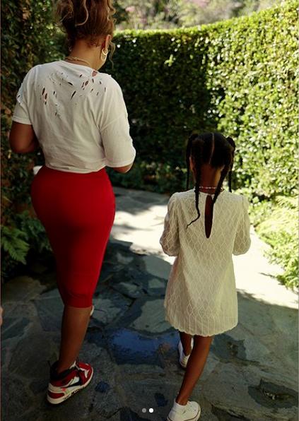 Beyonce 'Sitting On Vogues' In Vintage, Jordans & Givenchy [Celebrity Fashion]