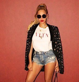 Beyonce Rocks Miu Miu, Julien Macdonald & Valentino to 444 Wrap Party [Celebrity Fashion]