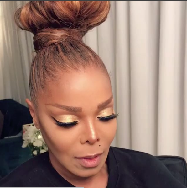 Mary J. Blige Celebrates B-Day w/ Hollywood Dinner + A Flawless Janet Jackson BTS
