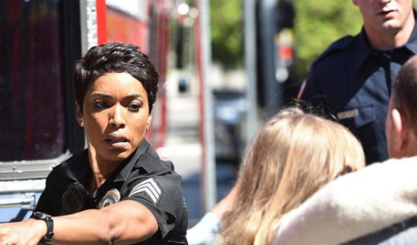 '9-1-1' Starring Angela Bassett, Peter Krause, Aisha Hinds Renewed For 2nd Season