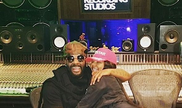 KeKe Goes Blonde + Lil Kim Hits Studio w/ R.Kelly