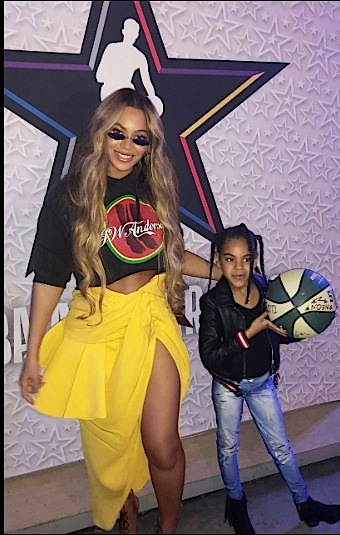 Beyonce Rocks JW Anderson, Jacquemus & Gianvito Rossi [Celebrity Fashion]