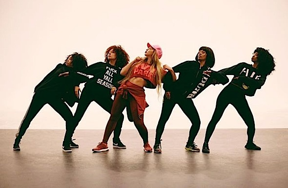Beyonce Fired 20 Backup Dancers For Coachella