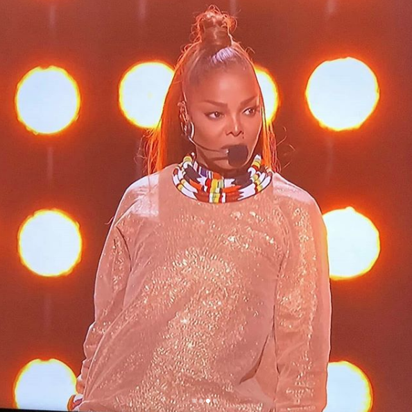Janet Jackson Performs 1st TV Performance In 9 Years [Billboard Music Awards]