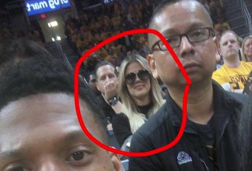 """Khloe Kardashian Tells Fan """"You Look Thirsty As F**k!"""""""