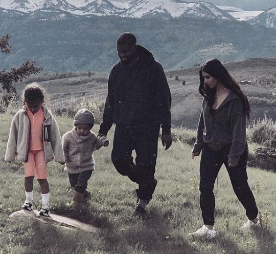 Kim Kardashian & Kanye In Wyoming w/ Kids, Amidst Donda's House Controversy