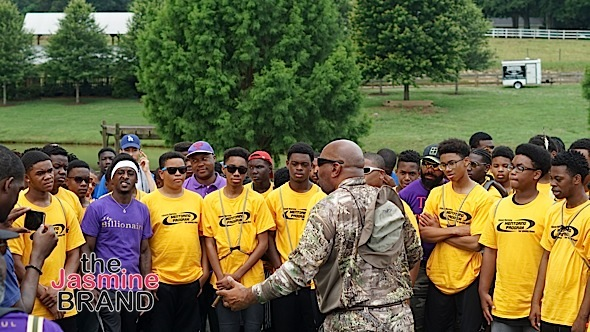 Steve Harvey Gives Back To Fatherless Teen Boys & Their Mothers [Photos]